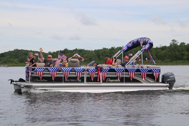 2019 4th of July Boat Parade  (22).JPG