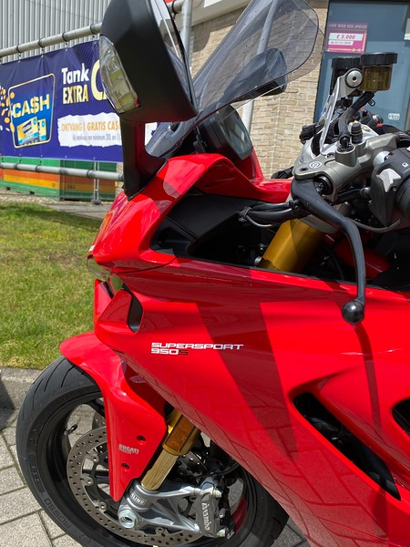Ducati Supersport 955S