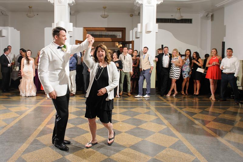 Everett Seattle monte cristo ballroom wedding photogaphy -0194.jpg