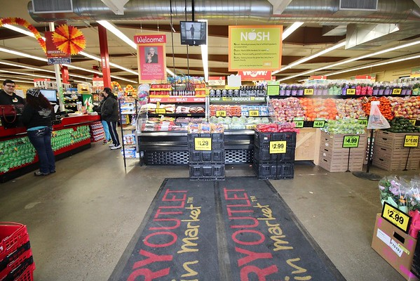 Flavel Grocery Outlet