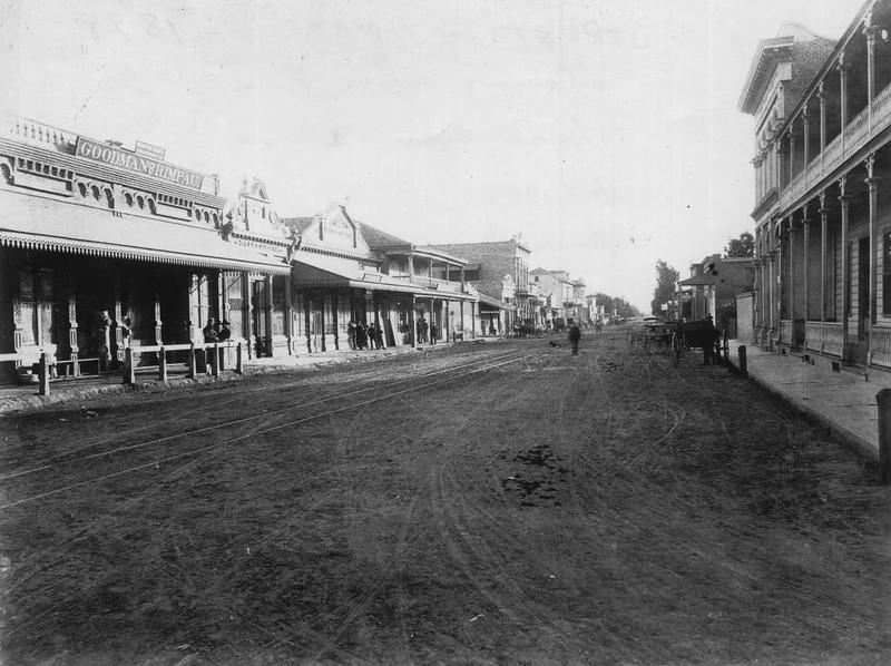 Anaheim-CenterStreet-1890-1900.jpg