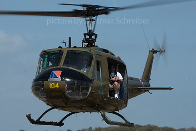 Bell 204 / UH-1