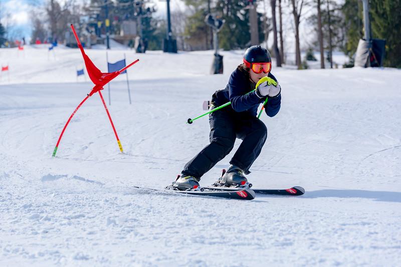 Standard-Race_2-3-18_Snow-Trails-73022.jpg