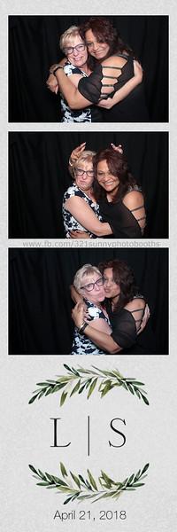 ELP0421 Lauren & Stephen wedding photobooth 55.jpg
