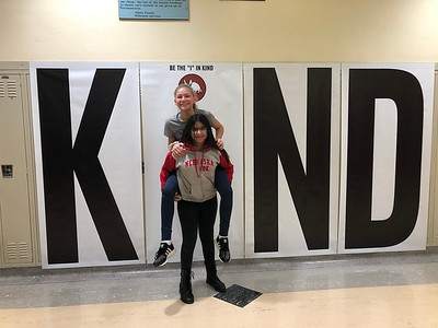 "Irving students, staff put the ""i"" in kind"