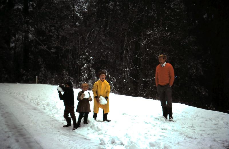 1975-8 (12) Andrew 6yrs, Allen 4yrs 3mths, David 11yrs 8mths & Graham.JPG