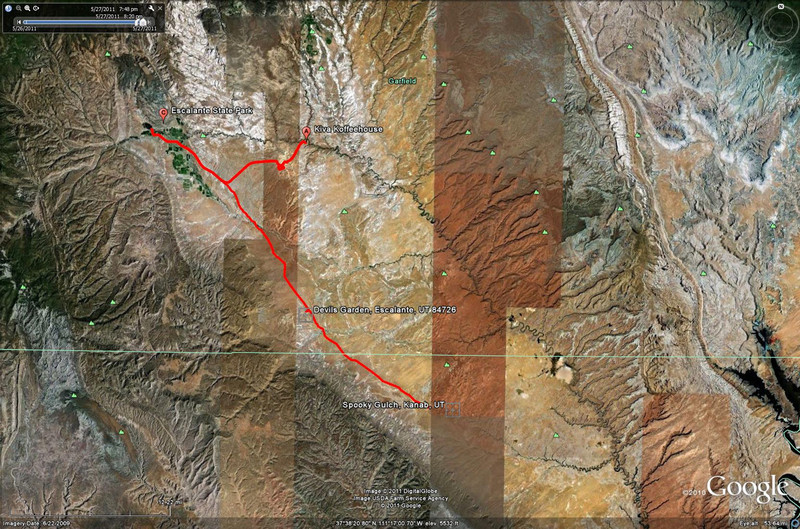 05272011 road to Devils garden and spooky gulch.jpg