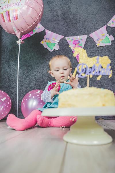 Delilah Cake Smash