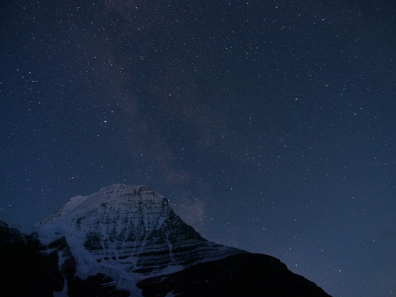 Mount Robson at night
