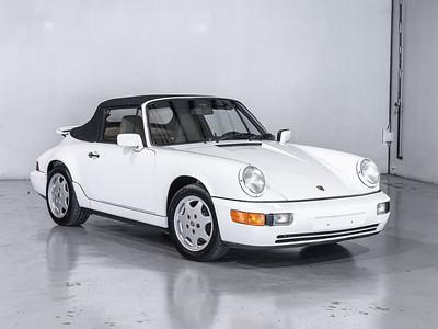 White Porsche Carrera - WPOCB2960MS460554