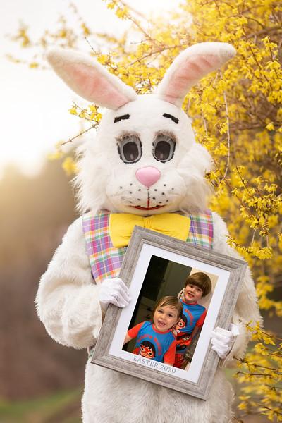 Courtney Easter Photo 2020.jpg