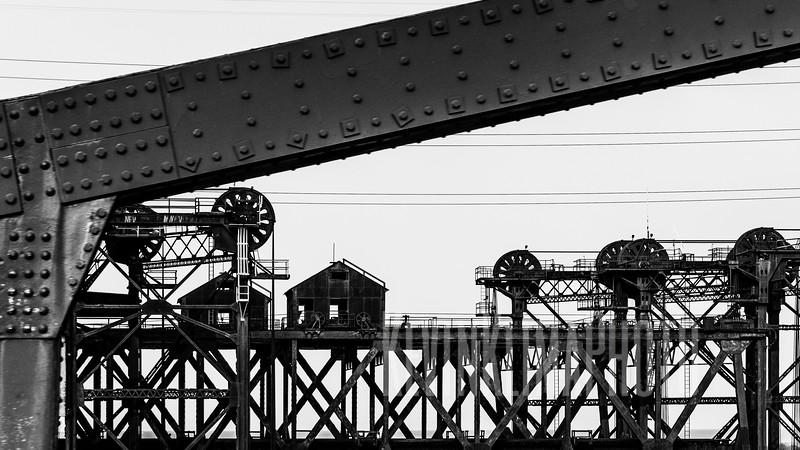 steelliftbridgebw02-2.jpg