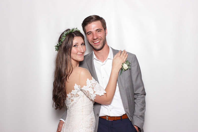 Brittany + Joel // BOOTHTASTIC!!