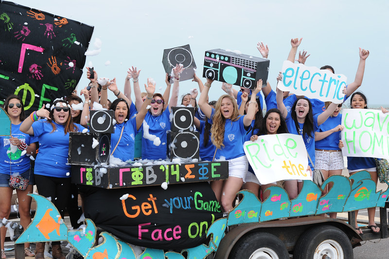 student-organizations-show-off-their-homecoming-floats-during-the-parade_12952013804_o.jpg