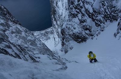 04 Cave Couloir in Store Hesten