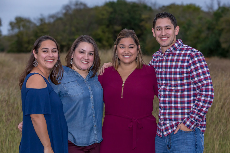 Family photos taken in Cibolo, Tx.