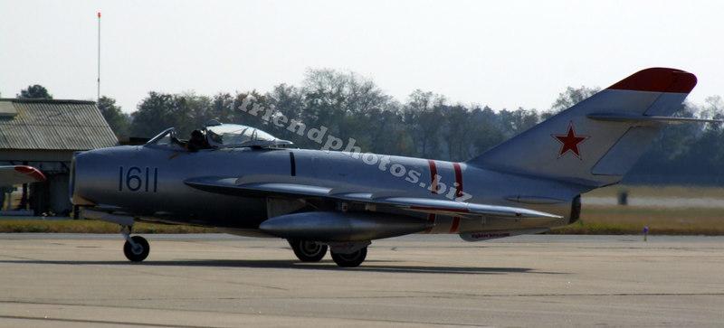 MIG 17 (Soviet Fighter)