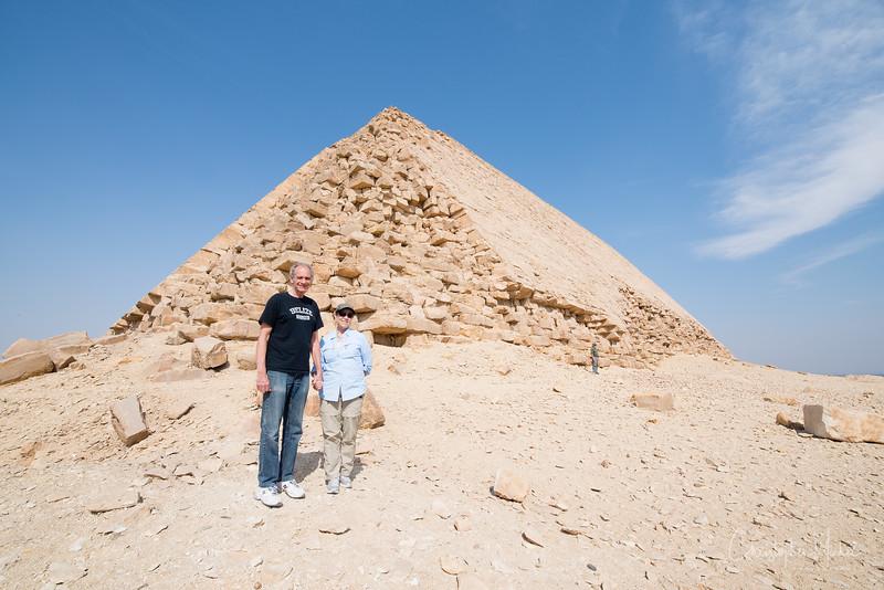 saqqara_unas_tomb_serapeum_dahshur_red_bent_pyramid_20130220_5640.jpg