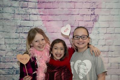 5th Grade Valentine Photo Booth
