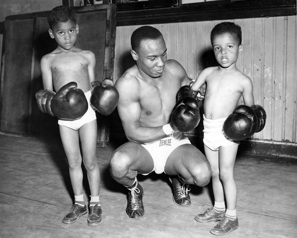 . Circa June 1951 - Bobby Jones and sons Howard and Irving at the gym. (Mose Cohen / Oakland Tribune)