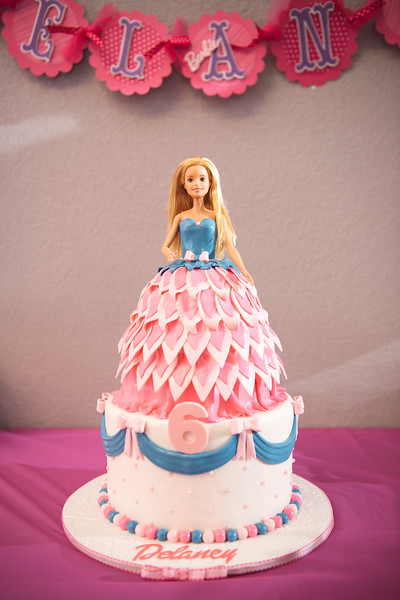2020-0104-delaney-barbie-party-8.jpg
