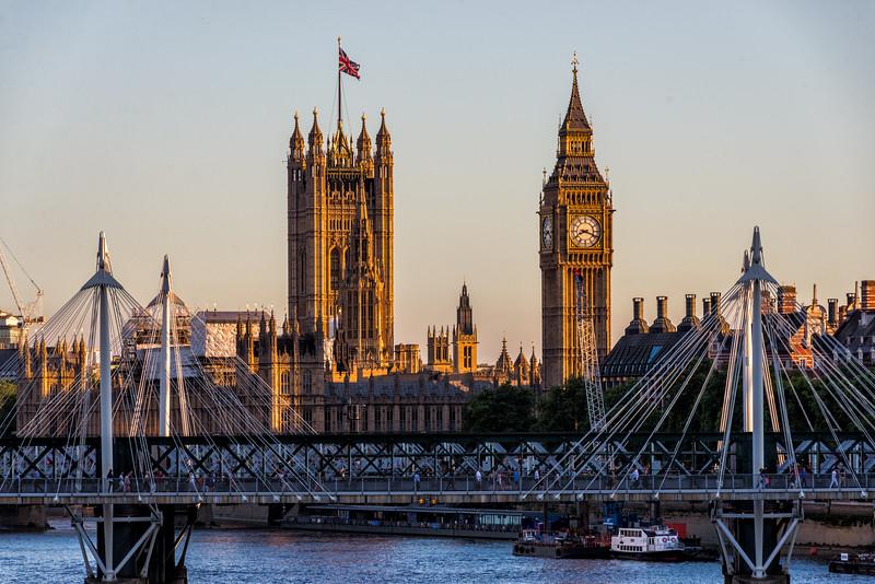 Houses-of-Parliament-From-Waterloo-Bridge.jpg