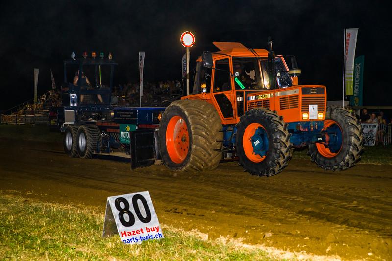 Tractor Pulling 2015-01759.jpg
