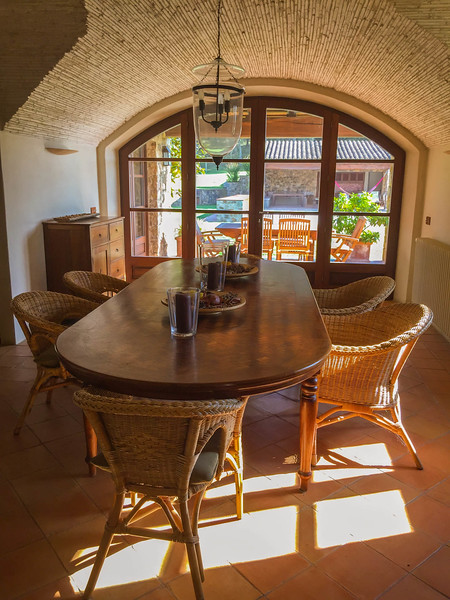 charming-villas-costa-brava-spain-6.jpg