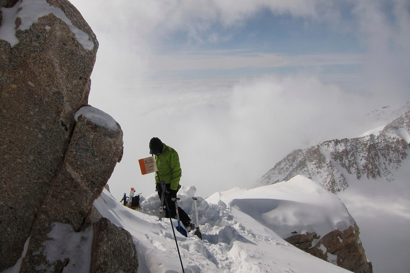 """Durny at our 'cash-in"""" spot at ~ 16,900ft (5.151m) on the ridge towards C4 (17,200ft = 5.243m). ."""