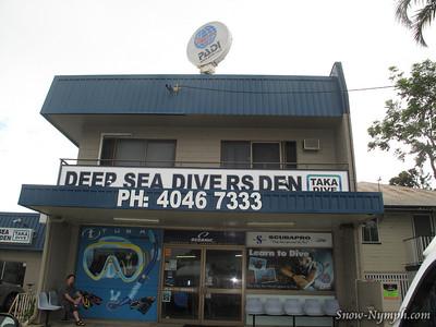 2011 (Mar 1-2)  First day on Ocean Quest liveaboard, 2 dives, 1 snorkel, no underwater pix
