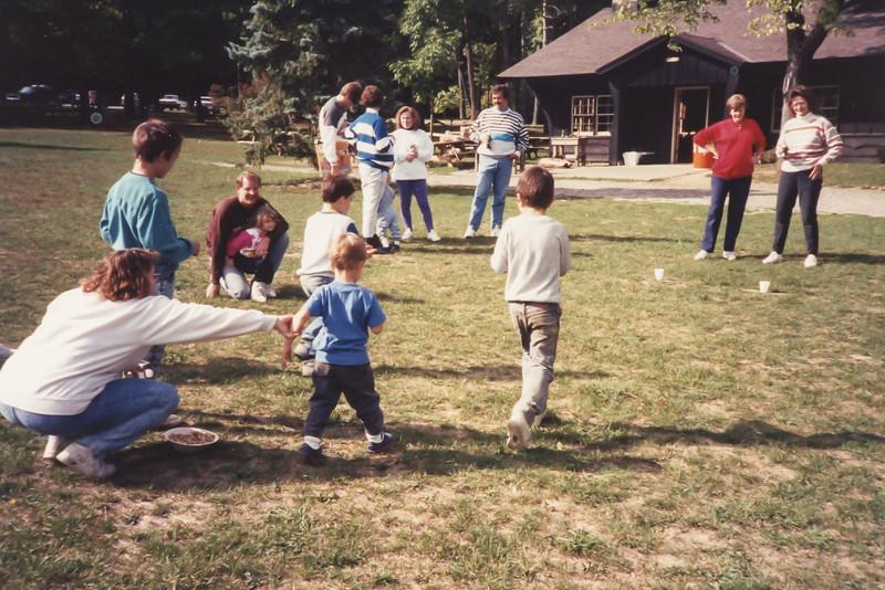 Linda Robertson coordinated the kids activities.
