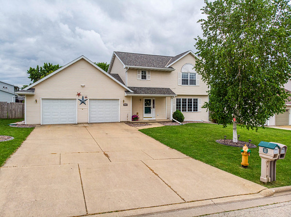 2170 Skyview St Green Bay WI