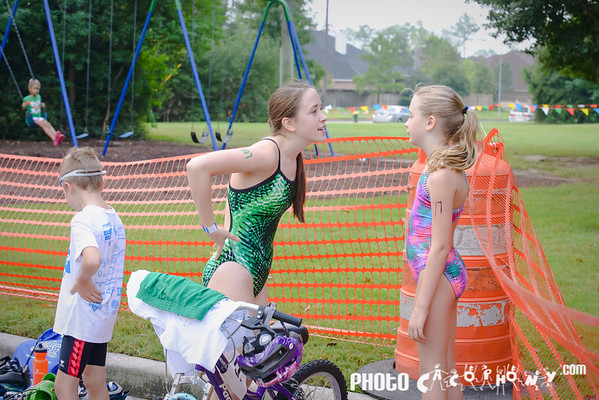Run and Bike {Photos by Photo Cacophony}