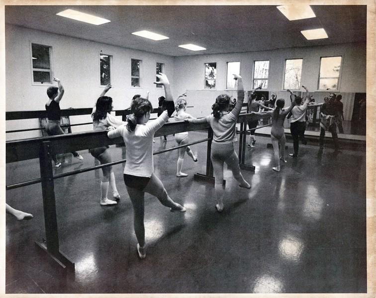 Dance_0859_a.jpg