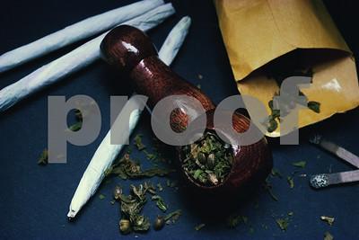 police-substitute-teacher-encouraged-students-to-smoke-pot