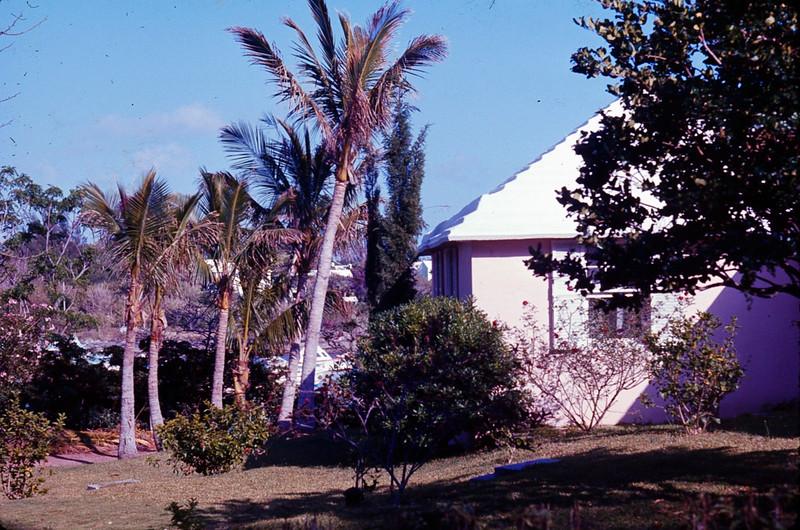 1977 05 Bermuda 5.jpg