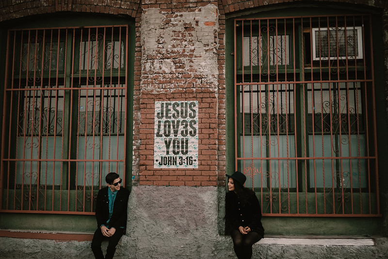 Engagement Shoot Arts District DTLA-12.jpg