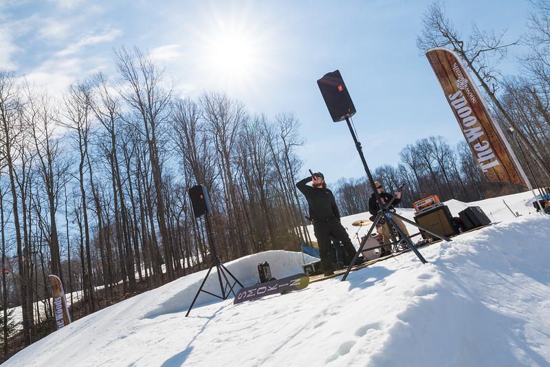Backyard-BBQ-The-Woods-16-17_Snow-Trails-Mansfield-Ohio-1269.jpg