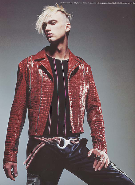 Creative-space-artists-hair-stylist-photo-agency-nyc-beauty-editorial-alberto-luengo-mens-grooming-male-model-36.png