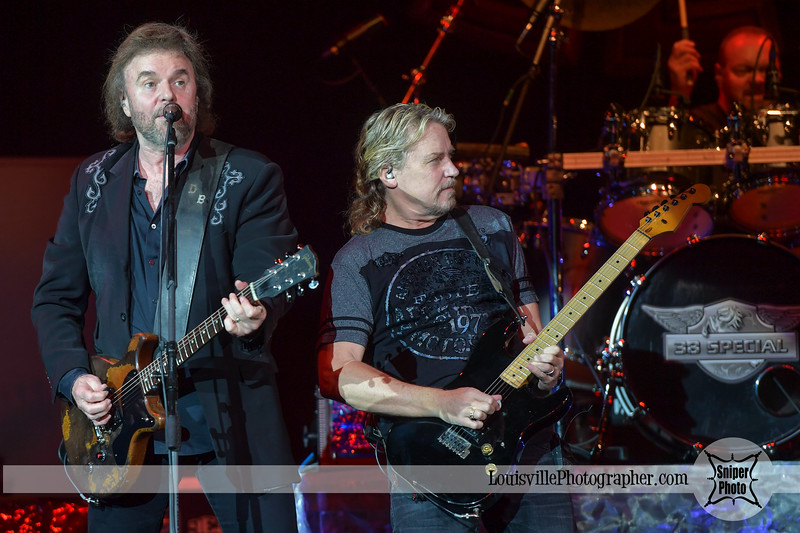 38 Special plays Belterra Casino-4.jpg