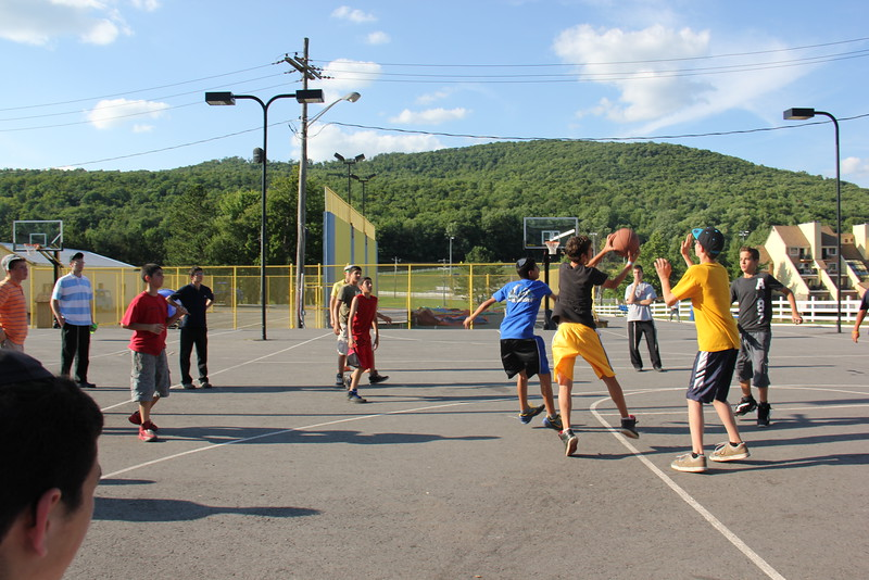 kars4kids_thezone_camp_boys_basketball (18).JPG