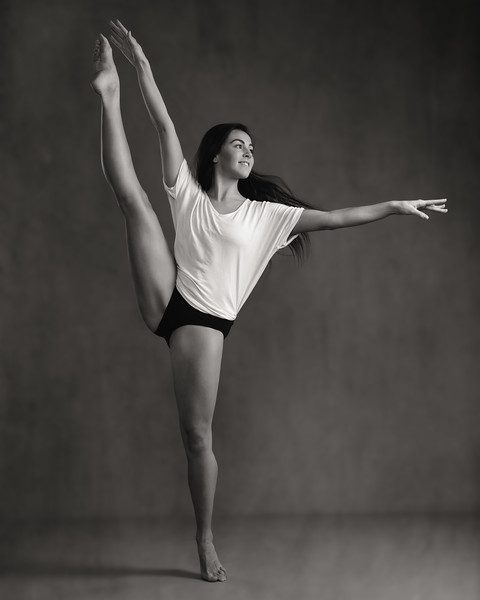 Katie Hughes - dancer