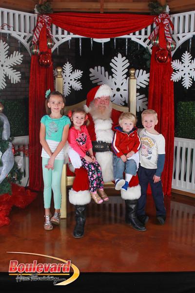 Santa 12-17-16-581.jpg