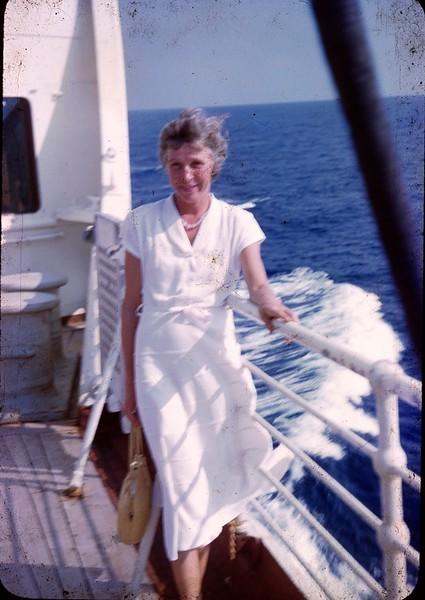 1950 08 Queen of Bermuda 10.jpg