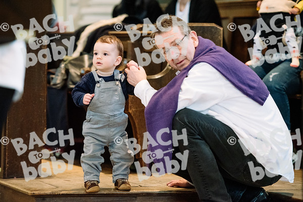 © Bach to Baby 2017_Alejandro Tamagno_Regents Park_2017-03-11 004.jpg