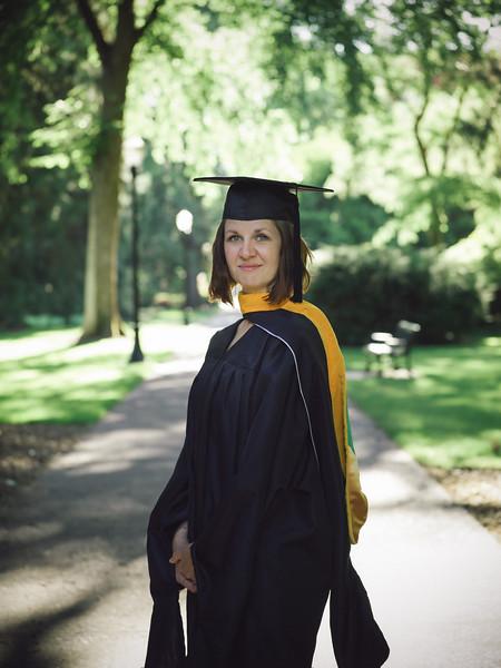 Amanda-Graduation-2017-3.jpg