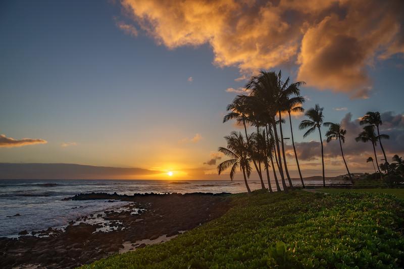 00383 5 7 Sheraton Sunset HDR.jpg