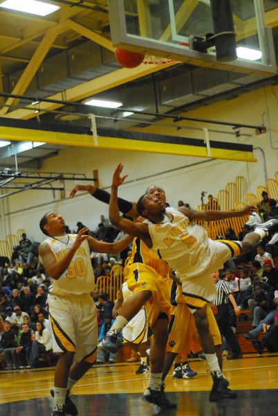 20090113_MCC Basketball_3493.JPG