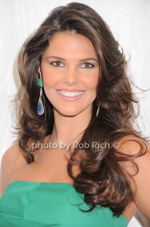 Daniella Sarahyba  photo by Rob Rich © 2010 robwayne1@aol.com 516-676-3939