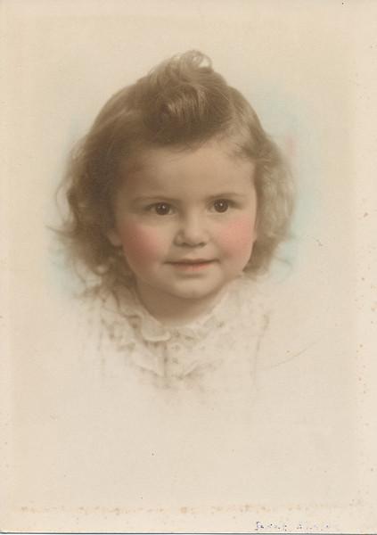 Janet Elaine Sullivan born 1936.jpg